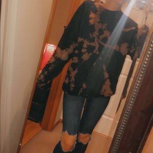 Tops - Bleached oversized sweatshirt